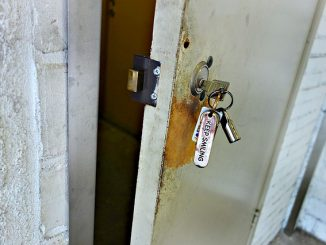 key-1462343_640